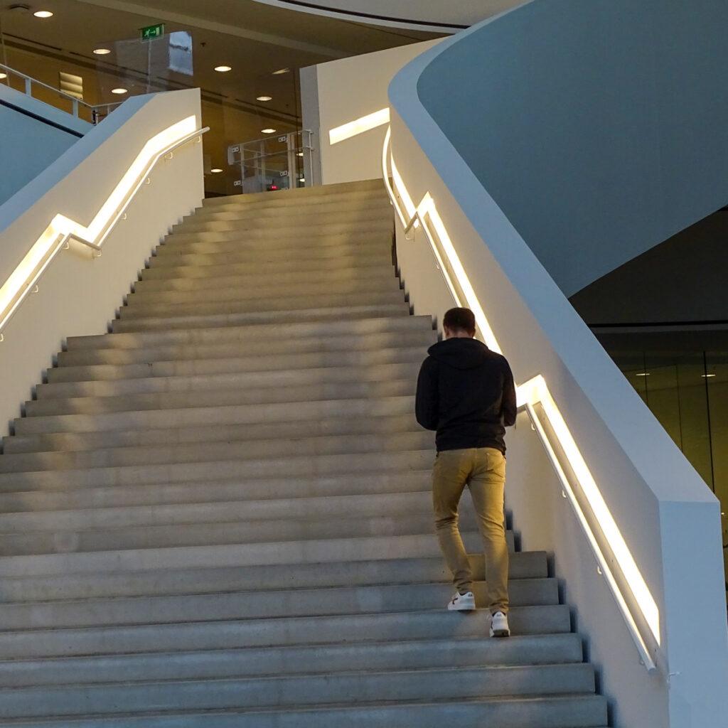 ingang van de bibliotheek 'de tweede verdieping' in Nieuwegein